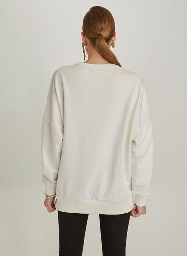 NGSTYLE Oversize Sweatshirt Beyaz